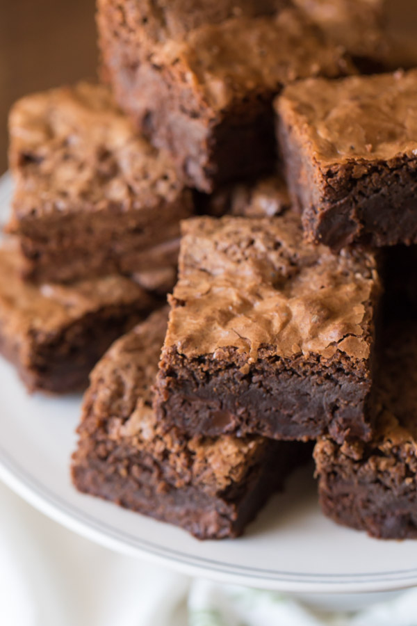 Fudgy Homemade Brownies - Let me convince you that homemade brownies ...