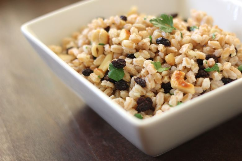 Farro with Cashews and Currants in a bowl.