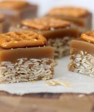 Salted Caramel Oat Bars