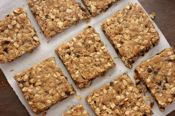 Brown Butter Oatmeal Currant Cookie Bars cut in squares.