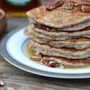 Healthy Pumpkin Pie Spice Oatmeal Flax Pancakes