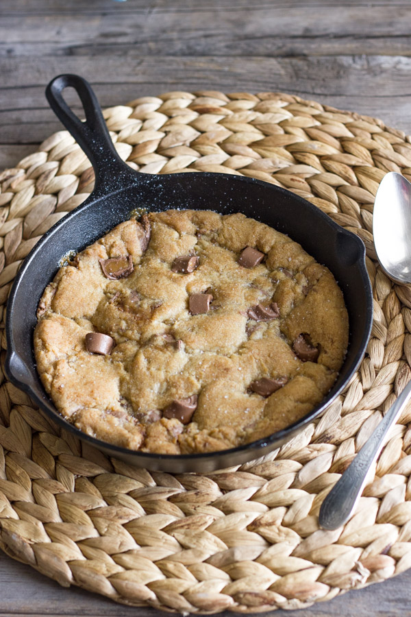 Salted Rolo Chip Pizookie in a small cast iron skillet.