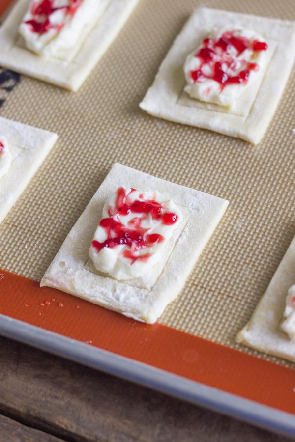 recipe: cream cheese puff pastry danish [29]
