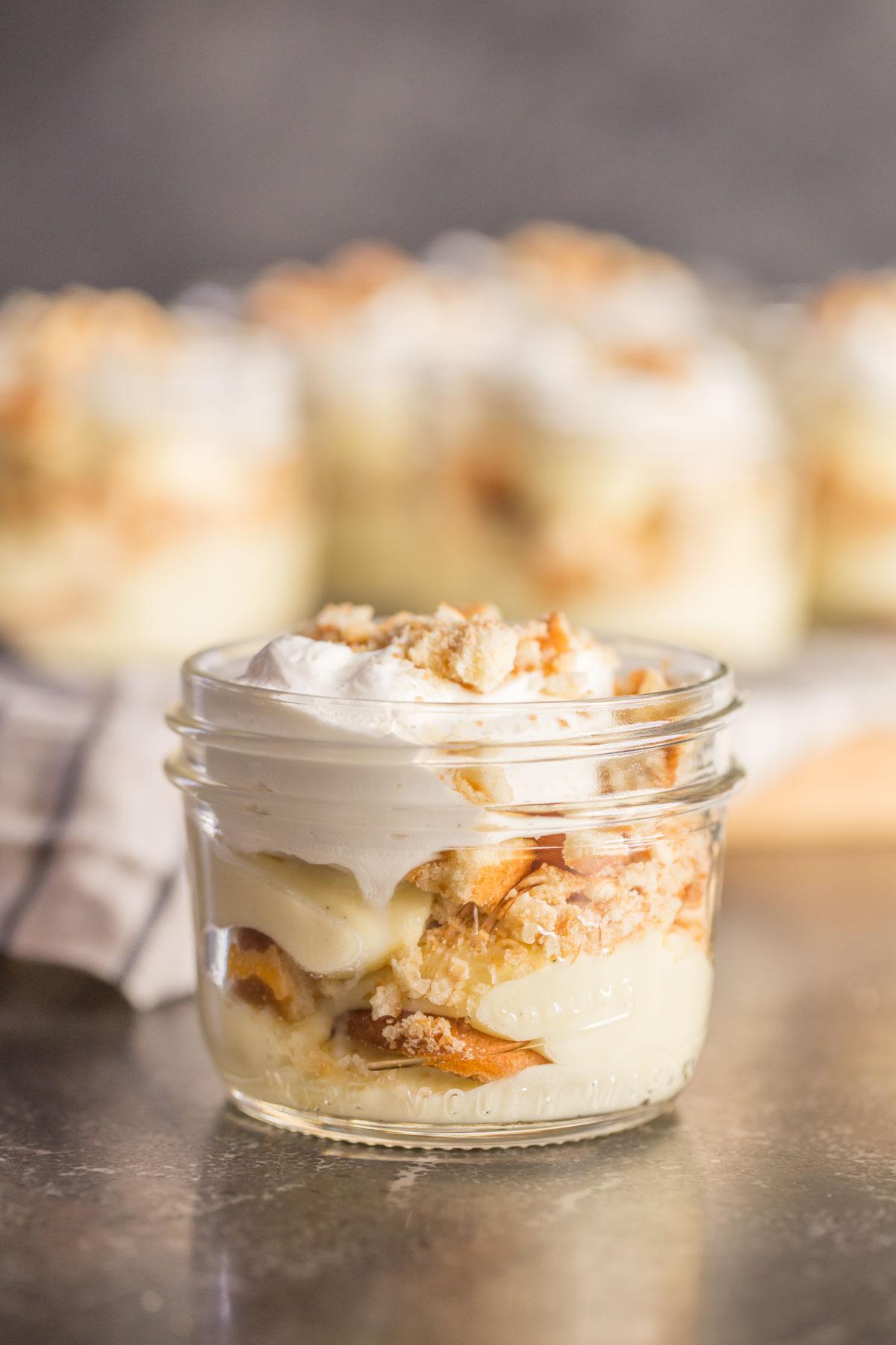Banana pudding in mason jar with Nilla wafers